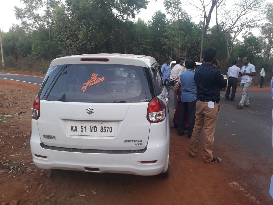 ಬ್ರೇಕಿಂಗ್ ಸುದ್ದಿ- ಶಿವಮೊಗ್ಗ-ಸಾಗರದ ಬಳಿ ಕಾರಿನಲ್ಲಿ ಕೊಂಡೊಯ್ಯುತ್ತಿದ್ದ 2 ಕೋಟಿ ರೂಪಾಯಿ ವಶ.